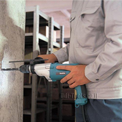קידוח בבטון עם מקדחה רוטטת HP2051 מקיטה