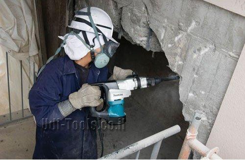 חציבה בבטון בעזרת פטיש חציבה