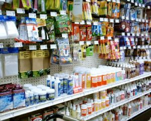 דבק מגע, דבק אפוקסי או דבק פלסטי? איך נדע איזה סוג דבק מתאים לנו להדבקה?